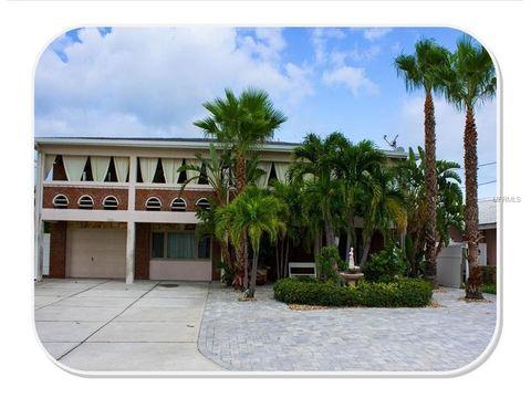 2710 Hibiscus Dr W, Belleair Beach, FL 33786