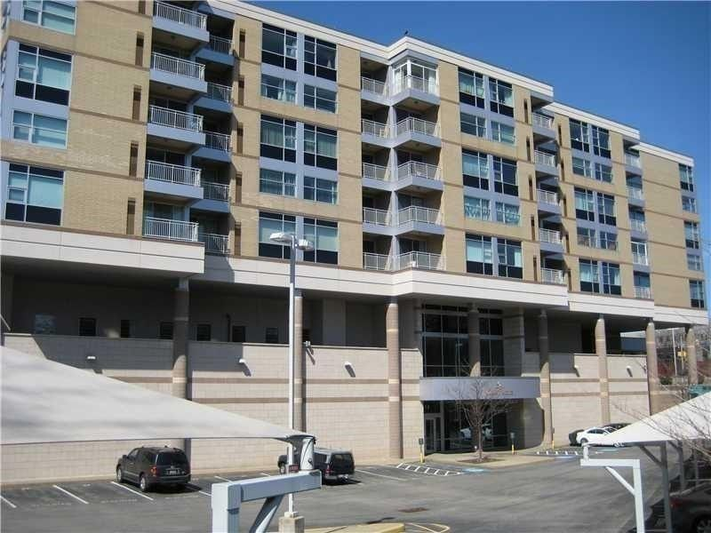 5570 Centre Ave Apt 503, Pittsburgh, PA 15232