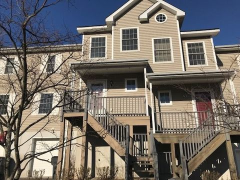 105 S Woodland Way, Ellenville, NY 12428