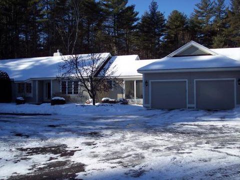 114 Peaked Hill Rd, Contoocook, NH 03229