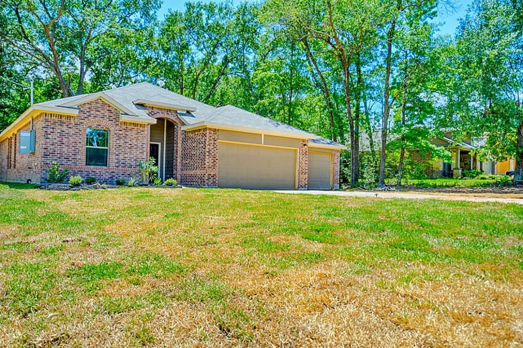 13342 Hidden Manor Ct, Willis, TX 77318