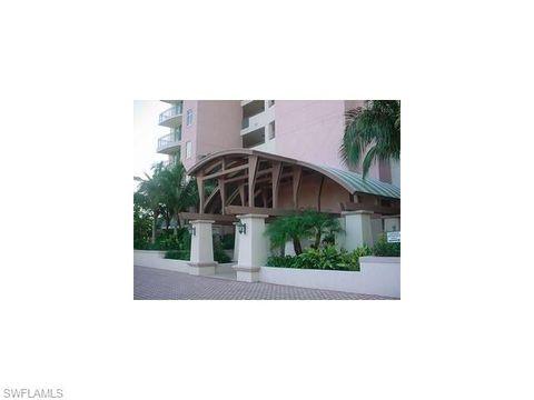 425 Cove Tower Dr Apt 902, Naples, FL 34110