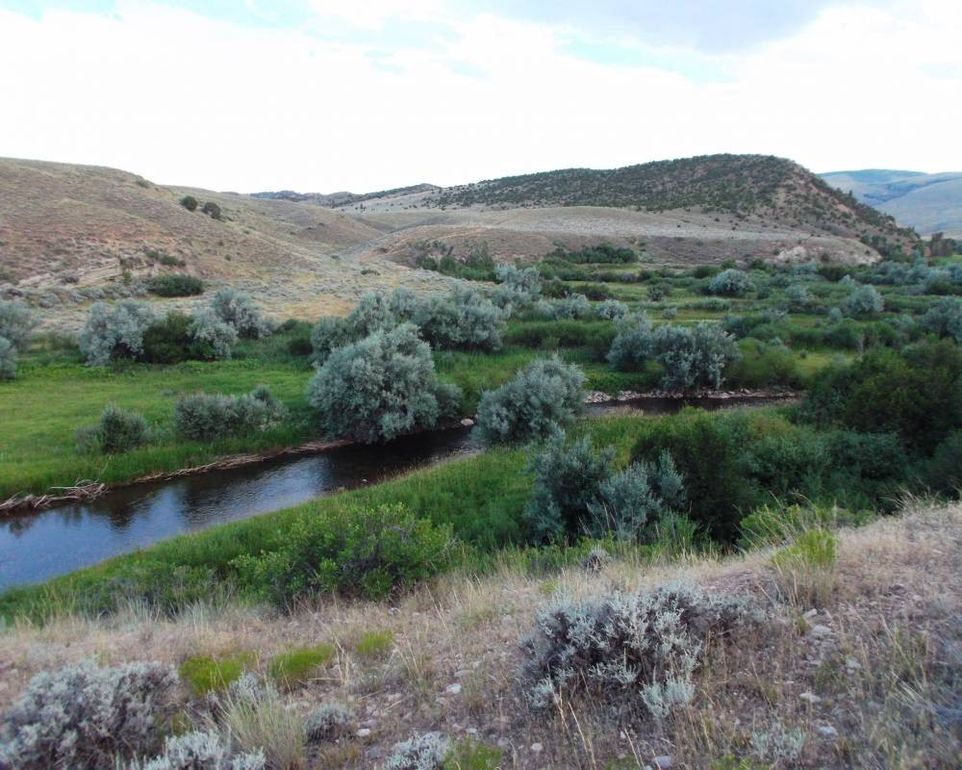 115 Red Canyon Rd, Lander, WY 82520