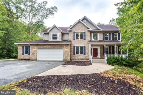 Photo of 1620 Stone Dr, Huntingtown, MD 20639