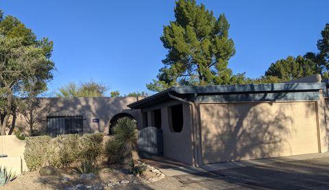 Photo of 4704 N Calle Lampara, Tucson, AZ 85718