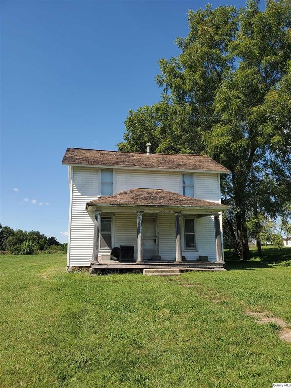 300 Dudley St Liberty, IL 62347
