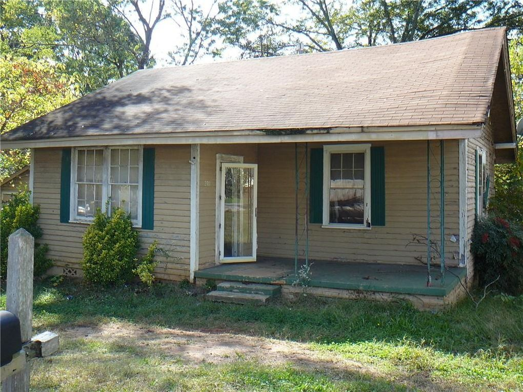 207 K St Anderson, SC 29625