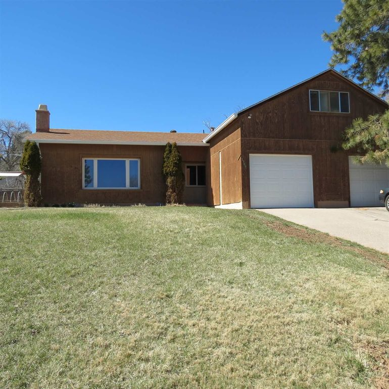1309 47th St Los Alamos, NM 87544