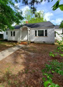 Photo of 713 Ghent St, Windsor, NC 27983