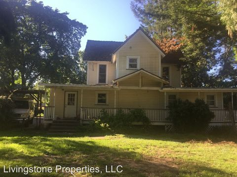 Photo of 120 Winston Section Rd, Winston, OR 97496