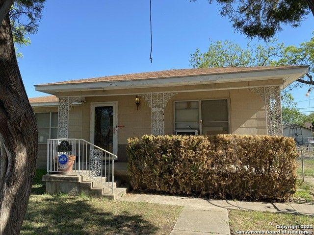 1009 Fenfield Ave San Antonio, TX 78211