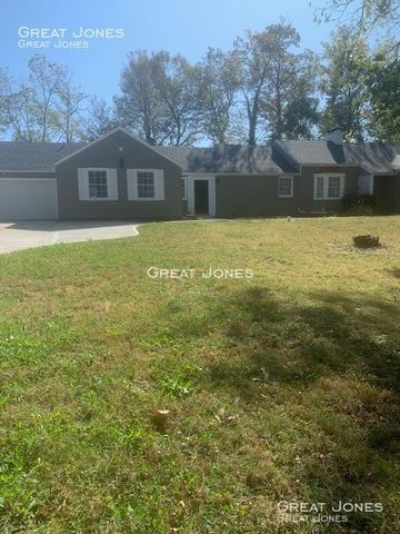 Photo of 5212 N Hickory Rd, Muncie, IN 47303