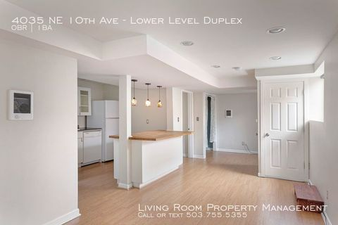 Photo of 4035 Ne 10th Level Duplex Ave Unit Lower, Portland, OR 97212