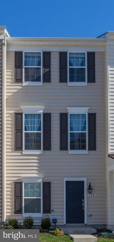 Photo of 135 Tree Line Dr, Fredericksburg, VA 22405