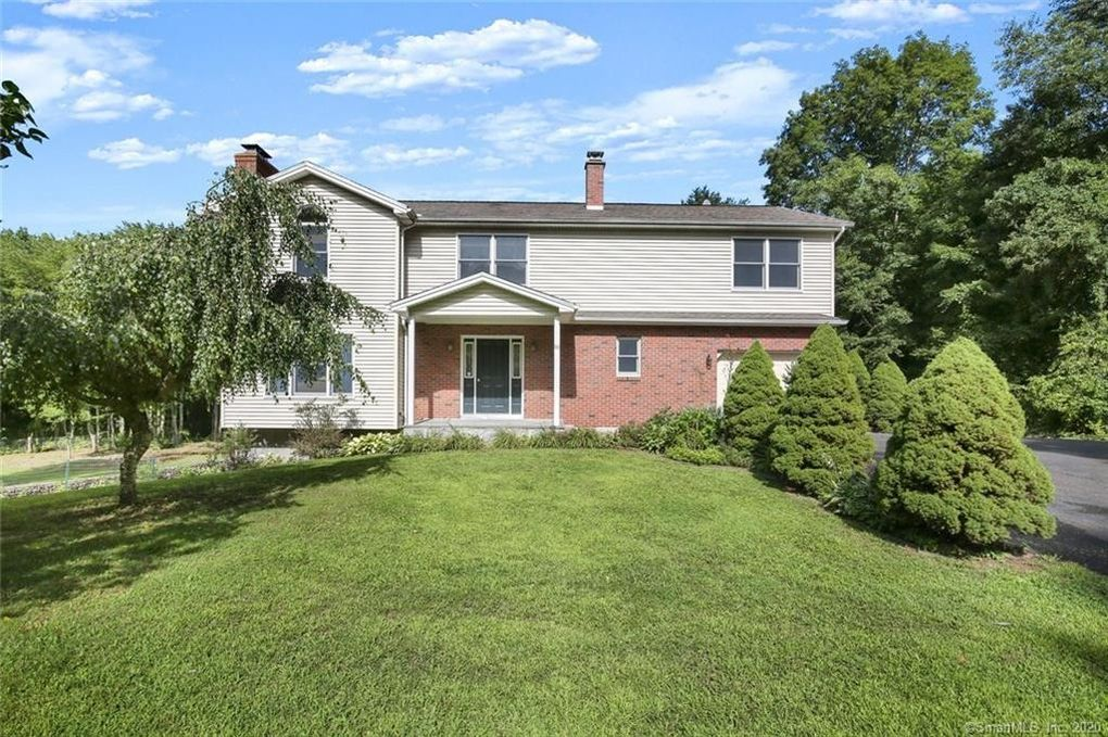 89 Tyler Xing Middlebury, CT 06762