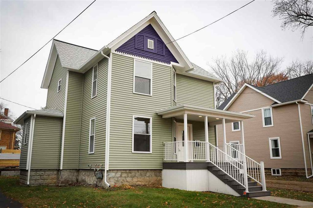 305 Perry St Albion, MI 49224