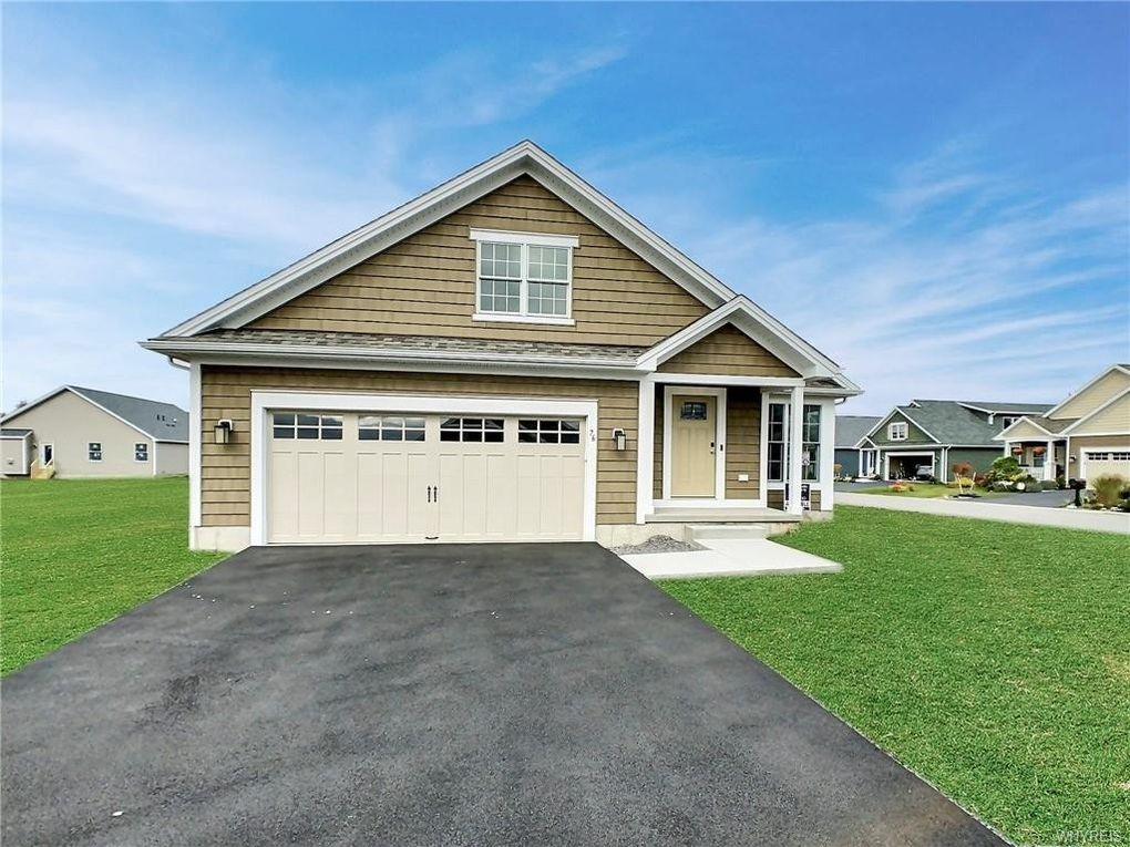 76 Old Tower Ln Amherst, NY 14221