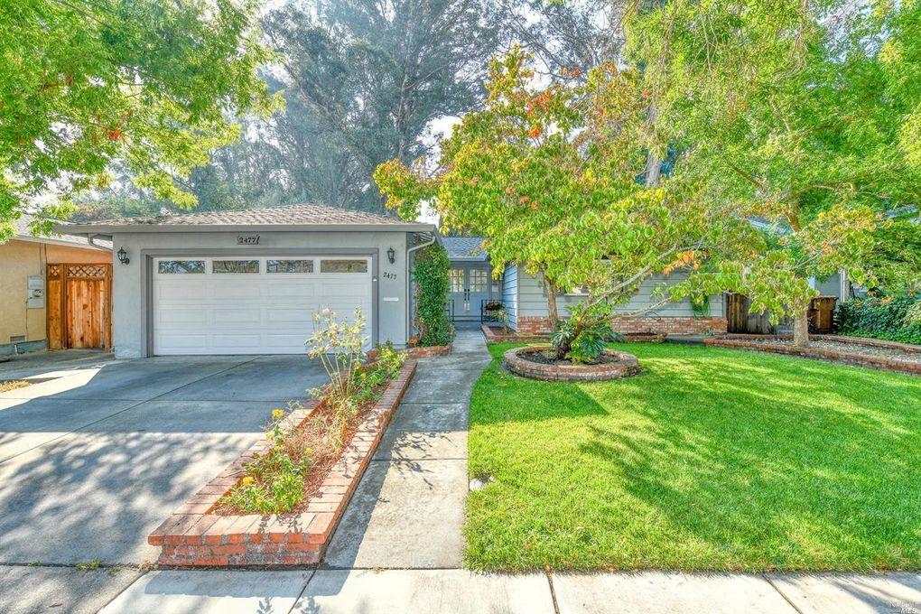 2477 Creekside Ave Napa, CA 94558