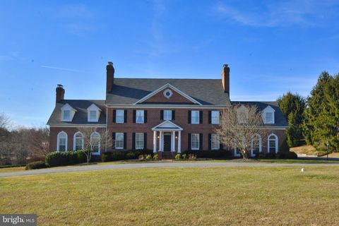 Photo of 2310 Kings Arms Dr, Fallston, MD 21047