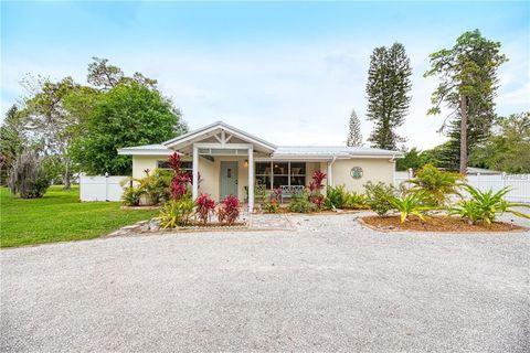 Photo of 1731 Redwood St, Sarasota, FL 34231