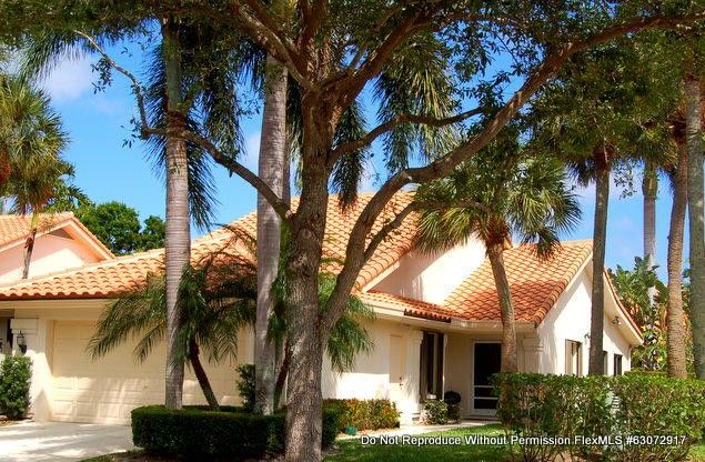 2602 Mohawk Cir West Palm Beach, FL 33409
