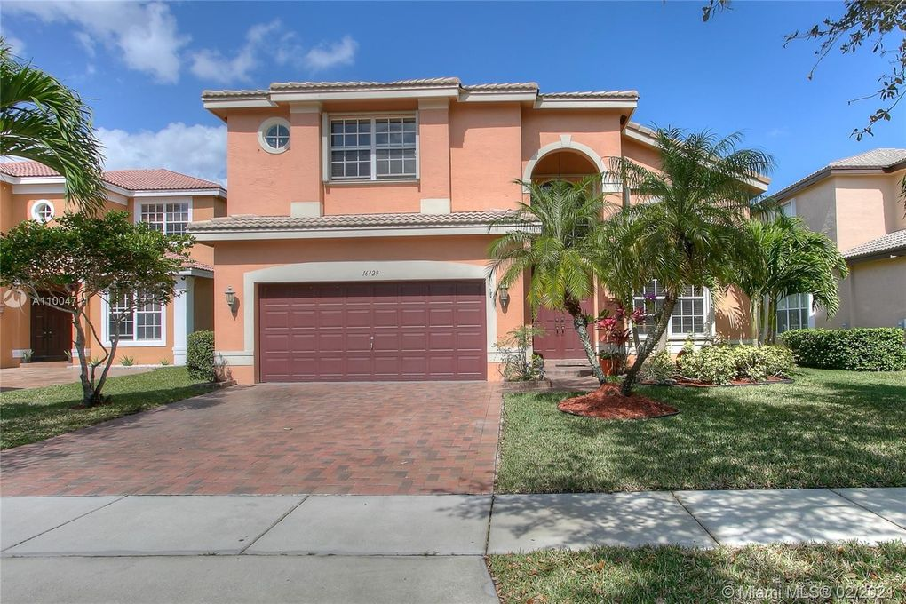 16429 SW 30th St Miramar, FL 33027