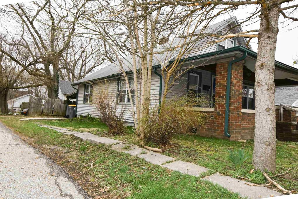 1214 S Lincoln St Bloomington, IN 47401