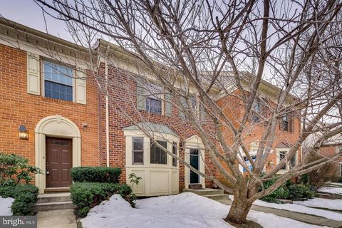Photo of 23 Cross Falls Cir, Sparks, MD 21152