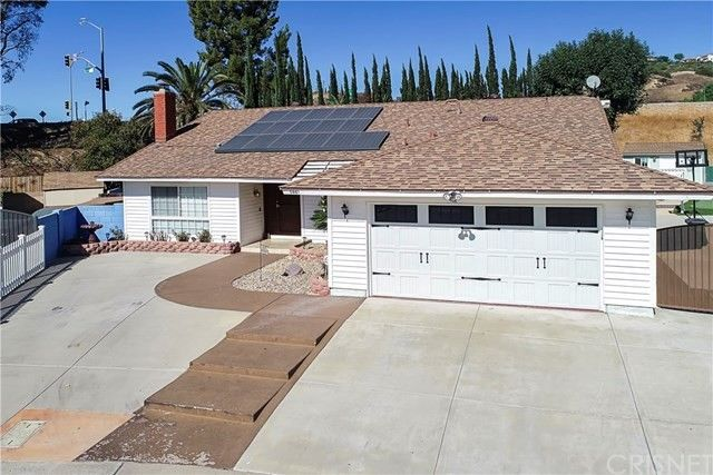 5861 Serena St Simi Valley, CA 93063