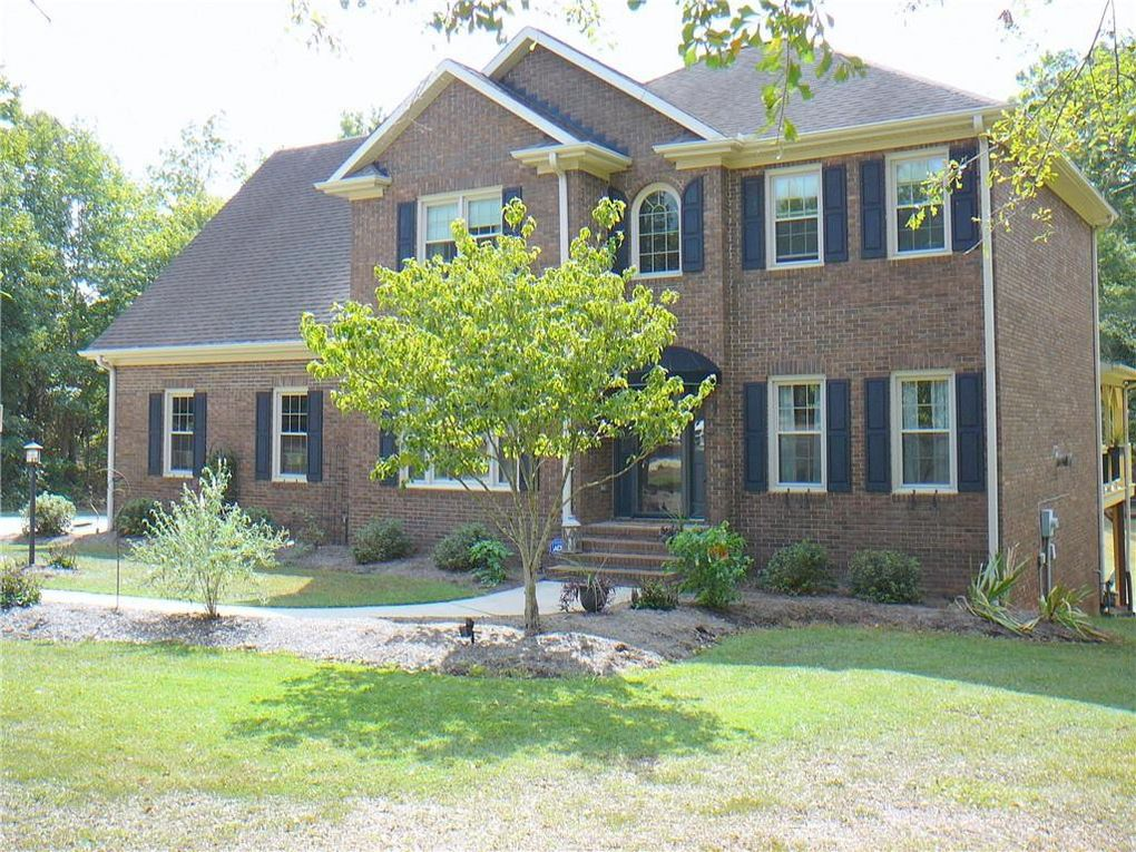 610 Pinehollow Dr Anderson, SC 29621