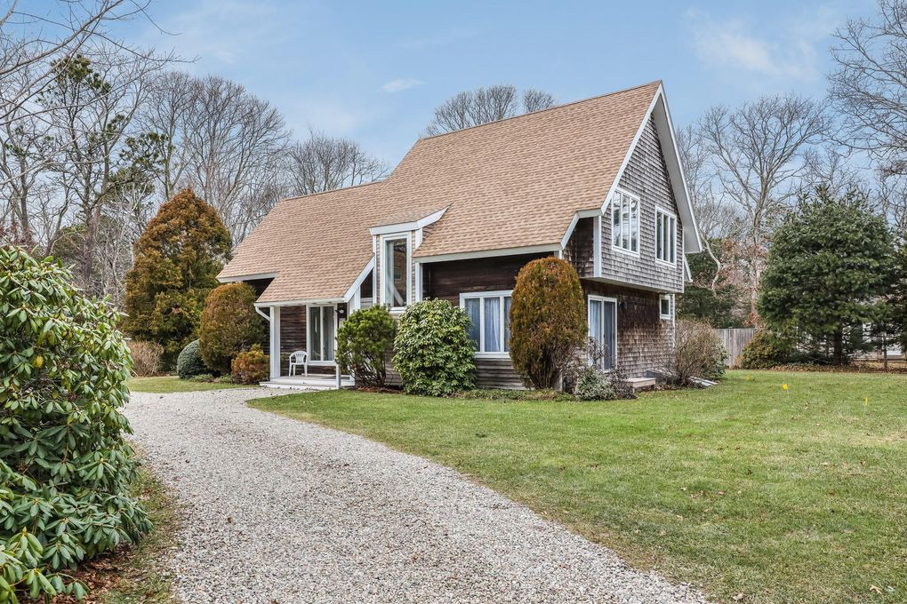 490 Aspinet Rd North Eastham, MA 02651