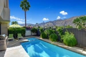 1456 E Baristo Rd Palm Springs, CA 92262