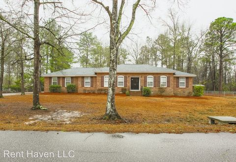 Photo of 1139 Bayview Dr, Lugoff, SC 29078