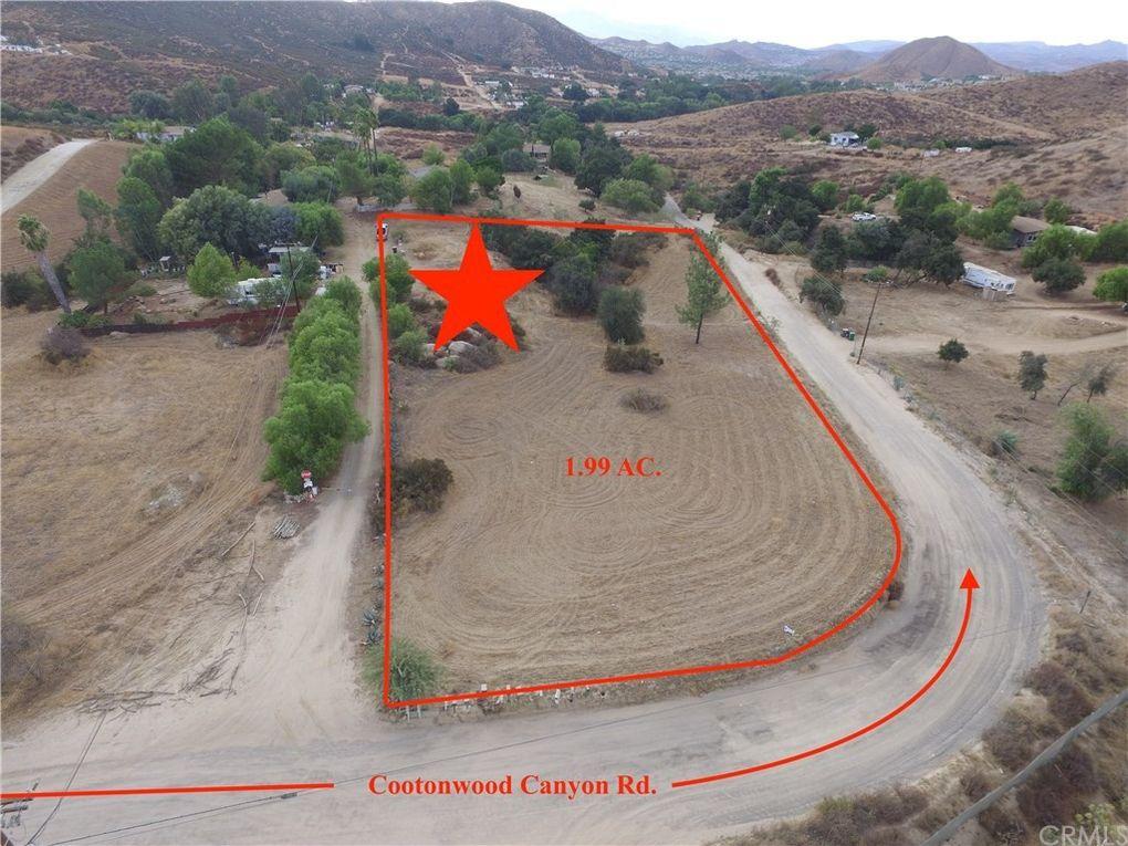4 Cottonwood Canyon Rd Wildomar, CA 92584