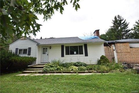 Quaker Meadow Condominium Condos For Sale