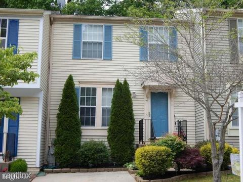 Photo of 8970 Chesapeake Lighthouse Dr, North Beach, MD 20714