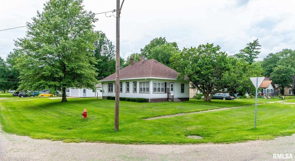 402 N Menard St Mason City, IL 62664