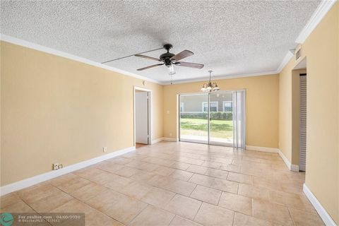 Photo of 11574 Nw 43rd St Unit 11574, Coral Springs, FL 33065