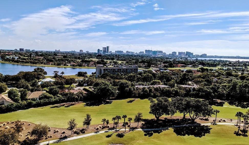 1900 Consulate Pl Apt 1502 West Palm Beach, FL 33401