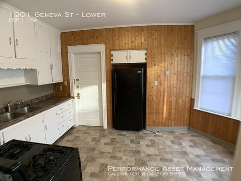 Photo of 1901 Geneva St Unit Lower, Racine, WI 53402