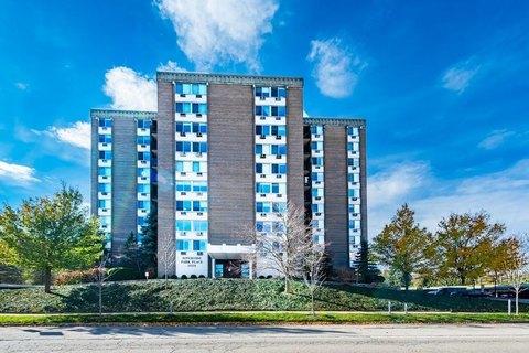1050 Wall St Apt 3E, Ann Arbor, MI 48105