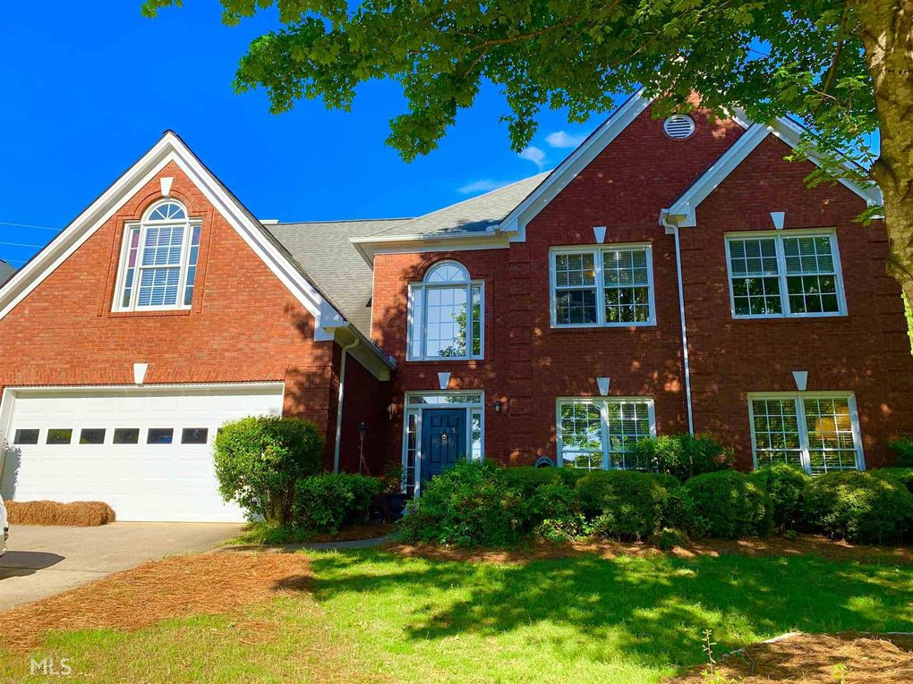 2315 Cape Courage Way Suwanee, GA 30024