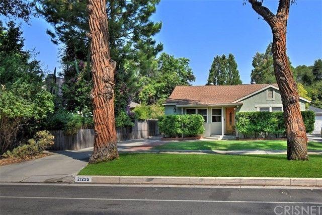21225 Dumetz Rd Woodland Hills, CA 91364