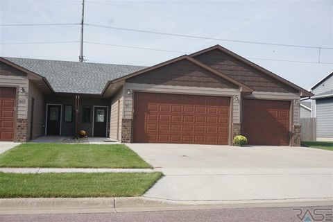 Photo of 3611 N Orion Dr, Sioux Falls, SD 57107