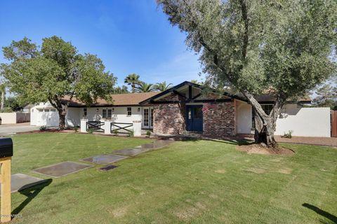 Photo of 961 E Liebre Cir, Litchfield Park, AZ 85340