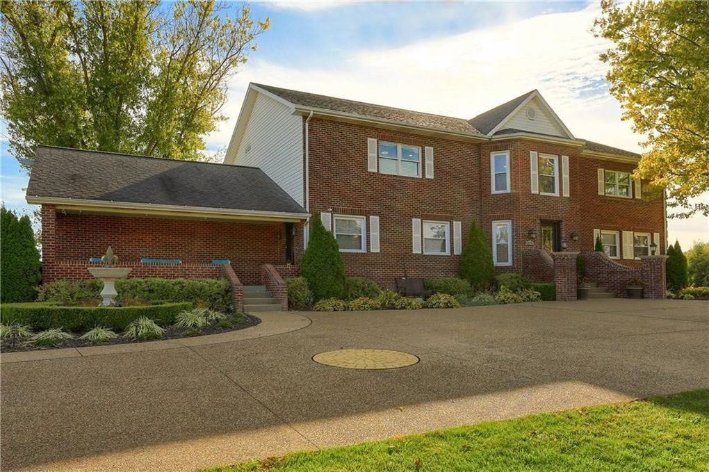 3231 Unionville Rd Cranberry Township, PA 16066