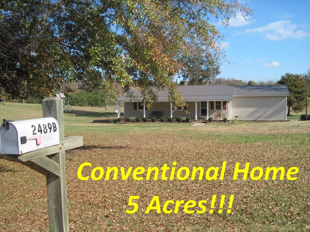 2489 Liberty Hill Rd Courtland, MS 38620