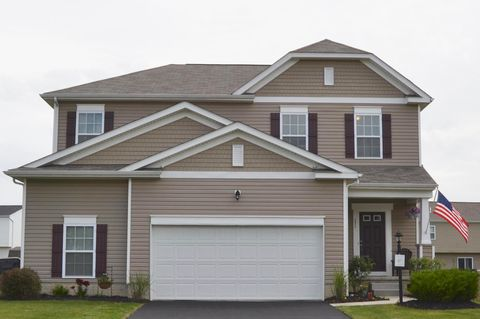 Photo of 231 Weeping Willow Run Dr, Johnstown, OH 43031