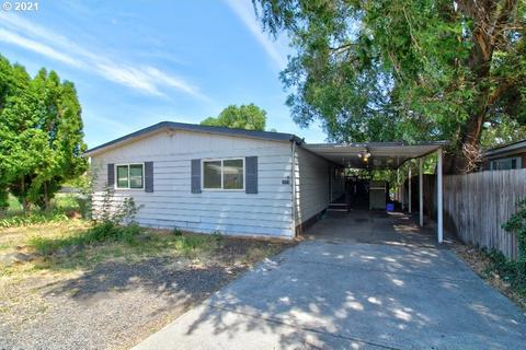 2117 W 9th St, The Dalles, OR 97058