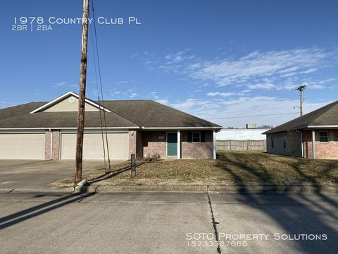 Photo of 1978 Country Club Pl, Jackson, MO 63755